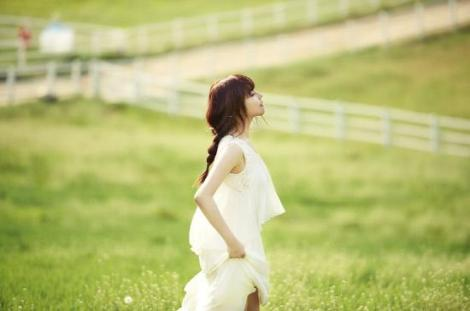 juniel_debut_album_teaser_image