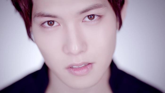 CNBLUE 4th Mini Album [Emotional Teaser] Jong Hyun ver. 45