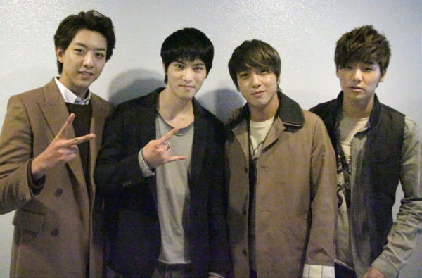 CNBLUE 130224 Fanclub Tweet