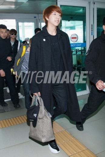 166500504-lee-jung-shin-of-south-korean-boy-band-cnblue-wireimage