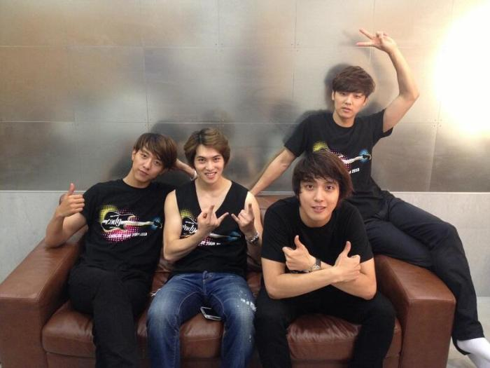 130815 Last day of Zepp Tour